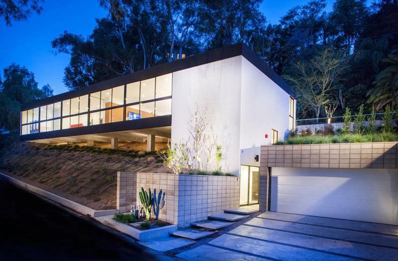 Lahaye Residence exterior