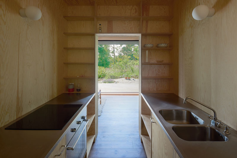 Small Summer House kitchen