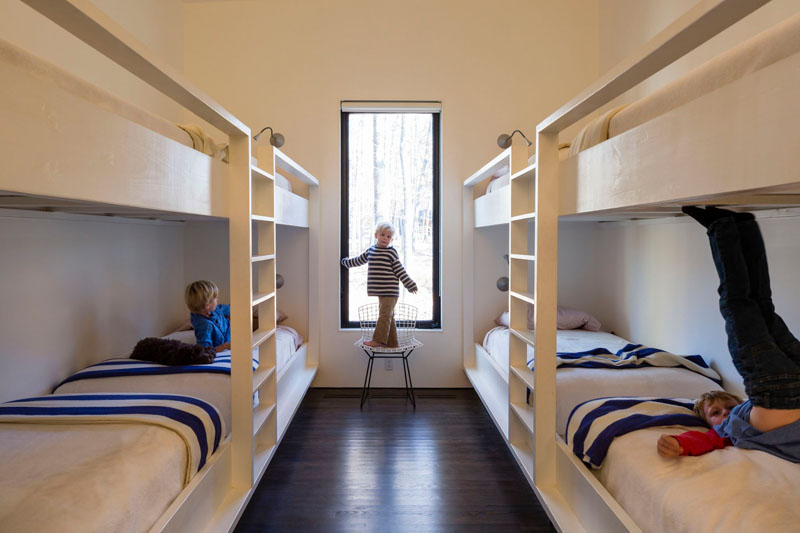 James River House bedroom