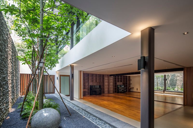 Secret Garden House entertainment room