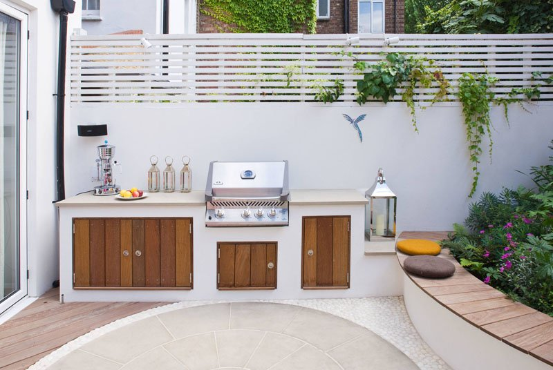 Notting Hill pink patio kitchen
