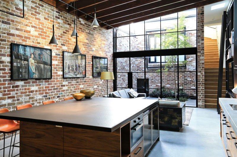 darlinghurst warehouse once a garage now a brick house home design lover. Black Bedroom Furniture Sets. Home Design Ideas